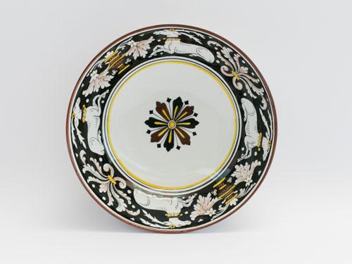 piatto tondo bianco nero senese