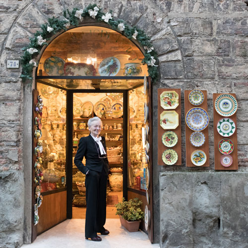 pottery shop in Siena