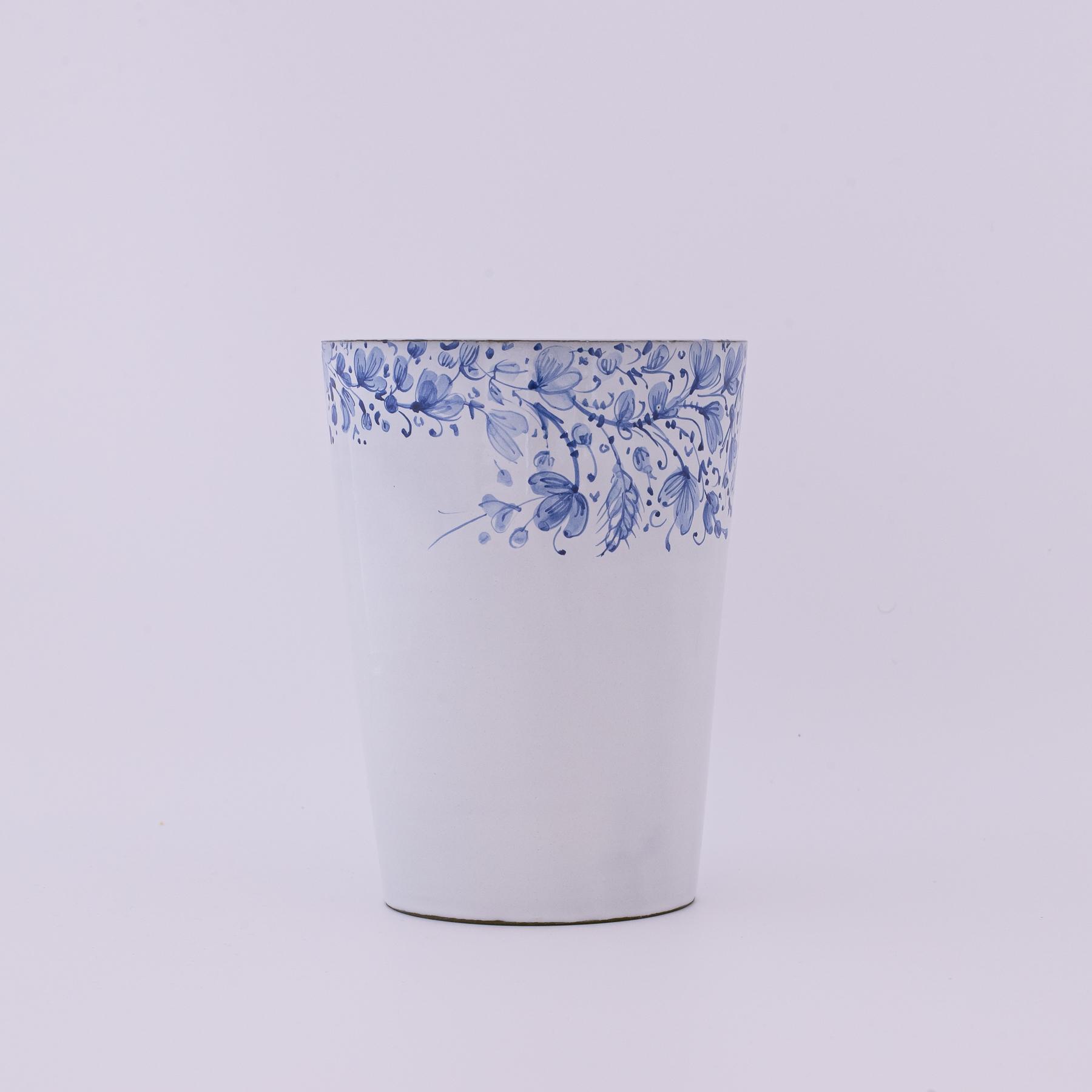 vase blue arabesque
