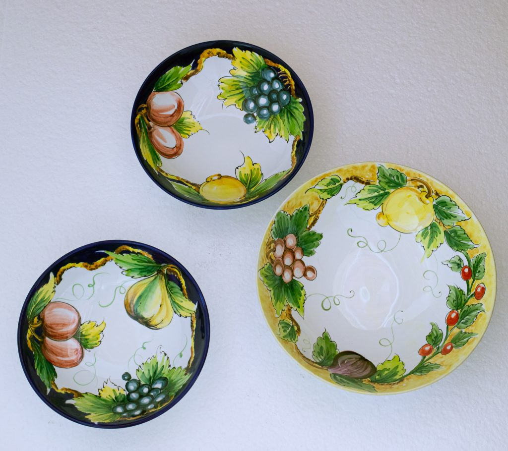 Set of bowls